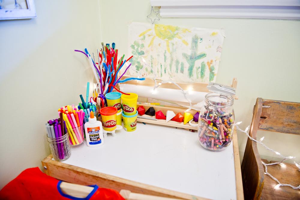 laura-bear-toddler-desk.jpg