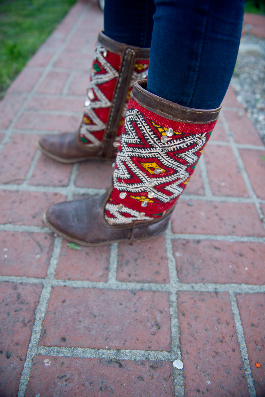 laura-bear-christmas-boots-2.jpg
