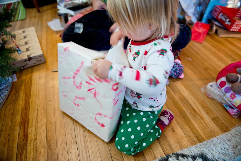ila-rose-christmas-morning2015-12.jpg