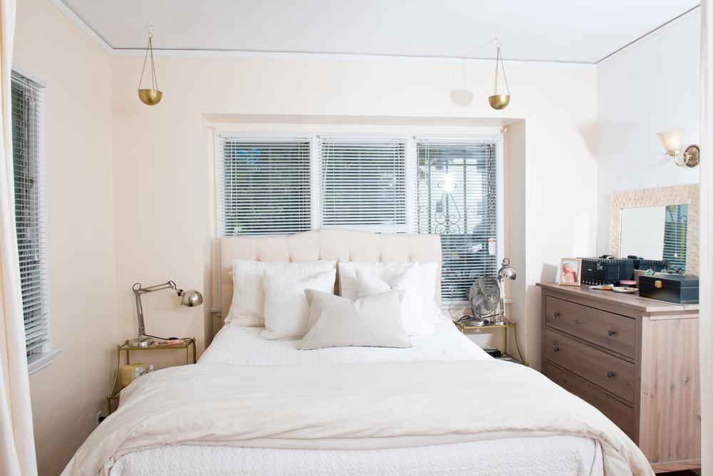 Laura-bear-bedroom-sharing-05.jpg