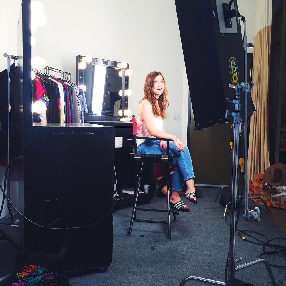 Laura Mom Jeans Buzzfeed
