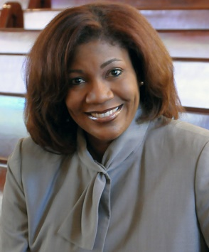 LESLIE PATTERSON-TYLER    is the Director of Media Relations and Communications at the  Kimmel Center for The Performing Arts .  Prior to working at the Kimmel, Patterson-Tyler led a successful career in television news management and later started her own PR and social media consulting firm.  She will share expertise on breaking into PR, career transitioning and more.