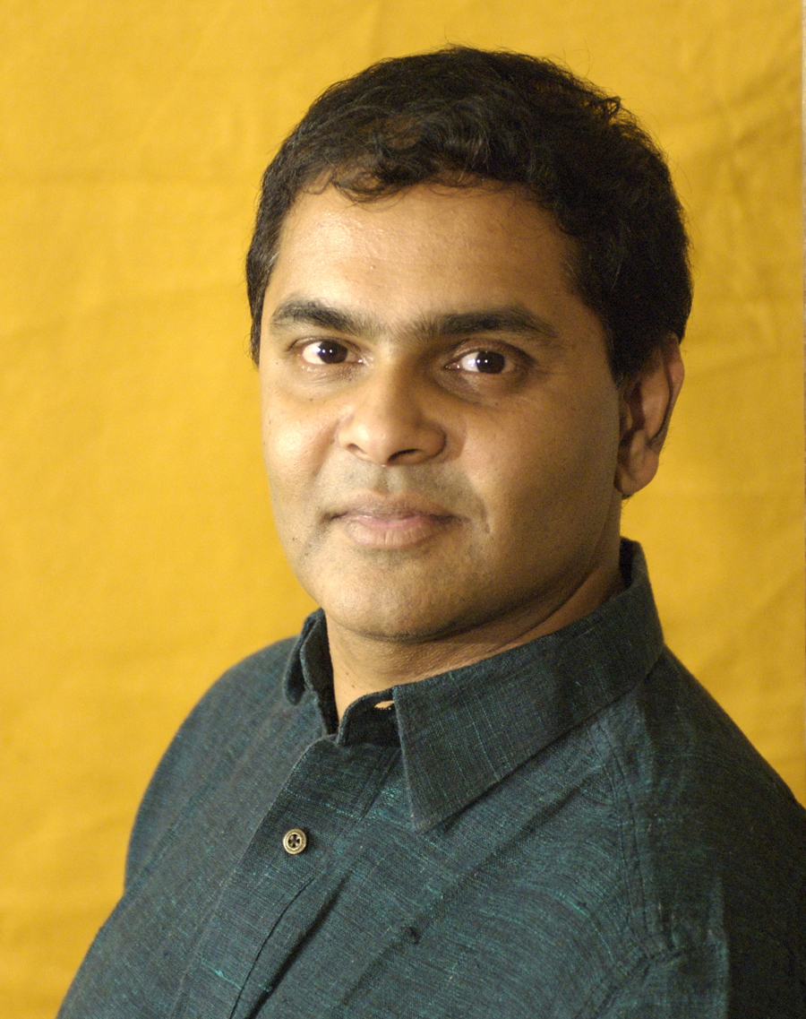 Rajnesh Domalpalli (Writer,Director,Editor)