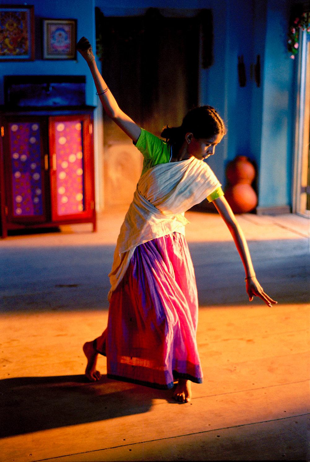 Vanaja dances Igiri Nandini to invoke Goddess Durga.jpg