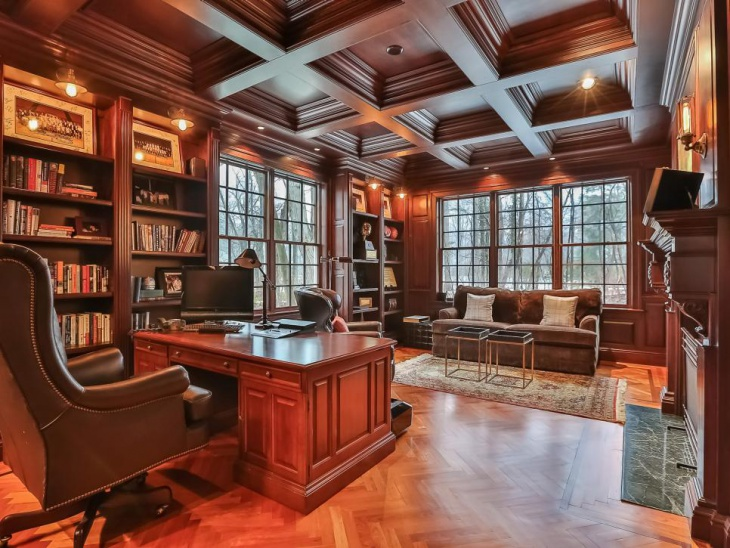 *Not my actual home office. But remarkably similar.  Photo By: William Raveis Real Estate