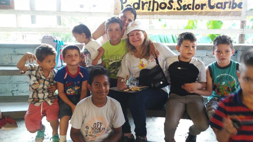 En Febrero del 2012 - Fundación Una Mano Amiga (Extending a Hand Foundation) fue oficialmente establecida en Delray Beach, Florida como 501 C3 organización non-profit. Desde entonces, nuestra organización se ha expandido, creando mayores cambios y proyectos a largo plazo para mejorar las vidas de los niños y adultos mayores de Agua de Dios, Colombia.