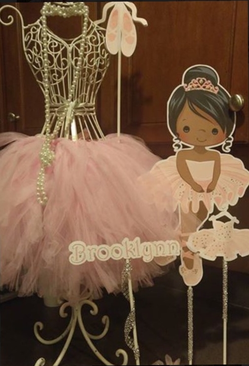 Inspired by Annette     Courtney Shaw-scipio always does such amazing setups. Check out this cute Ballerina themed birthday party for Brooklynn.