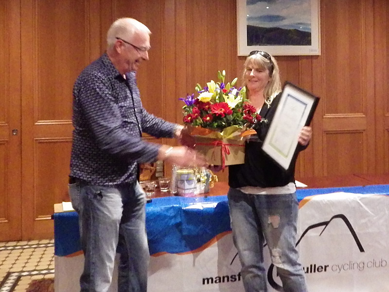Craig Wilson presents Di Condie with MMBCC Life Membership.