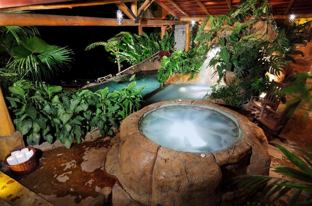 waterfall-gardens-14.jpg