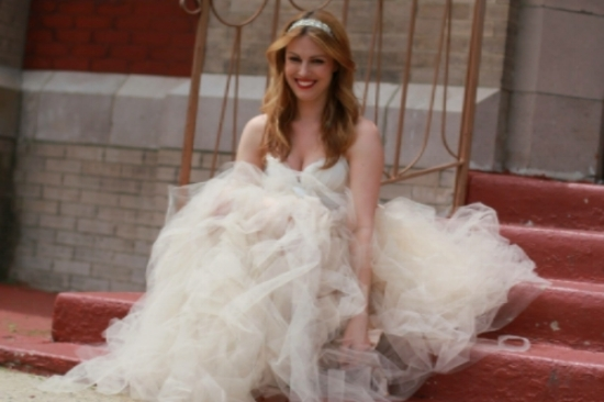 Sarah got married! Okay, actually she didn't, but these photos had you fooled for a minute, didn't they?! The reason Sarah is so gorgeous & glowing is because she got to model one of her friend Tara's wedding dress designs this month. So in a way, she DID say yes to the dress!