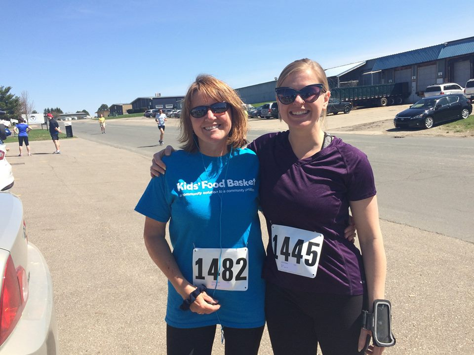 Arin runs a 5k with her mom