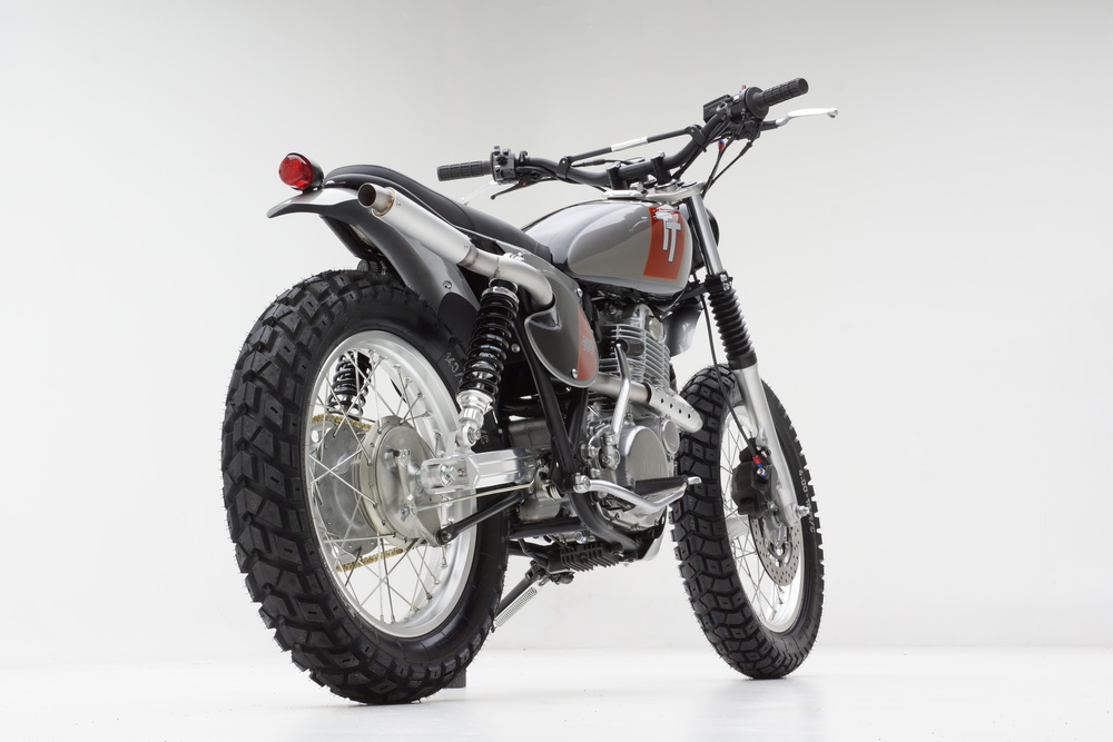TT 400