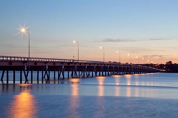 Bribie-Island-Bridge.jpg