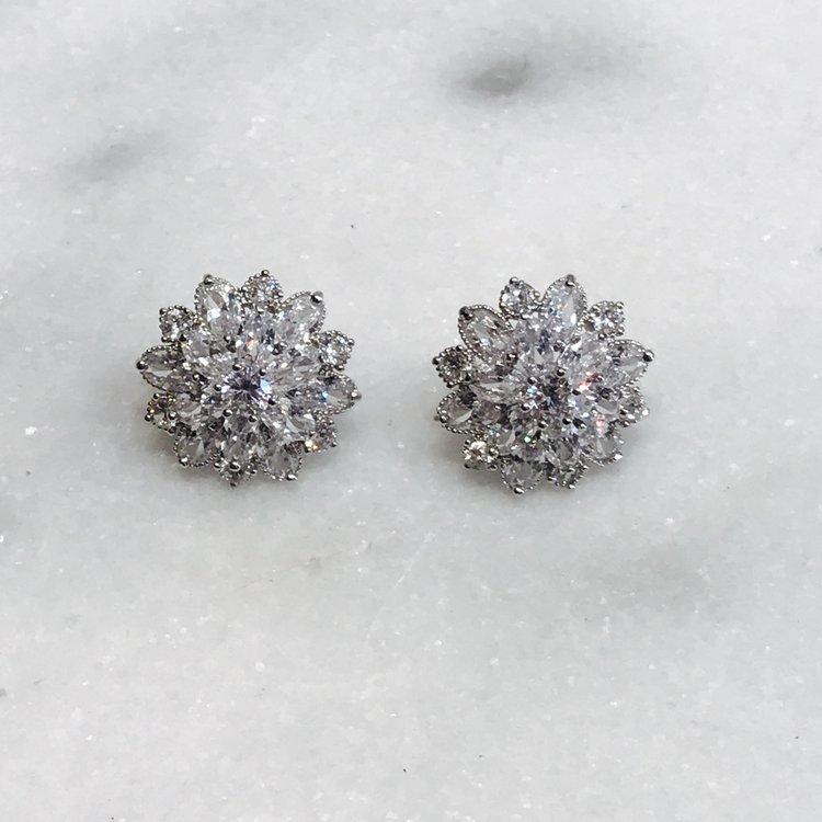 earrings stud studs flower liliana shop jewelry