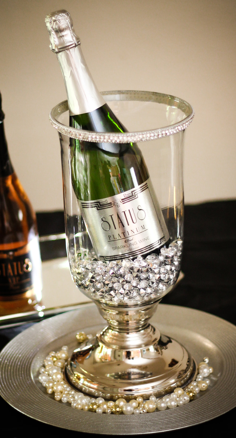 Brut by Status delivers a refreshing taste that is crisp, clean, and pleasant. This Brut sparkling wine is filled with tree fruit flavors and is well balanced with a long finish. Its a perfect way to enhance any occasion. You can conveniently enjoy a bottle of Status Brut anytime, anywhere!
