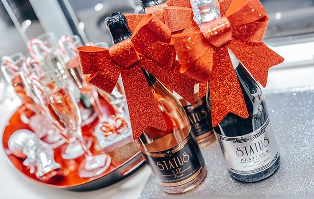 A glass of STATUS bubbly at your family holiday party will help to make the season bright!!!! We are so excited to celebrate Christmas with you all #whatsyourstatus #holidaycheers #holidaystatus #meryychristmas #tistheseason #bubbles #tistheseasontosparkle #sparkle #sparkling #wine #christmas #besttimeoftheyear #santababy #sacramentossparklingwine #sacramentoowned #sactown #916 #taste #sip #fluteglasses #fizzy #sundays #instamood #candycane #red #influencer