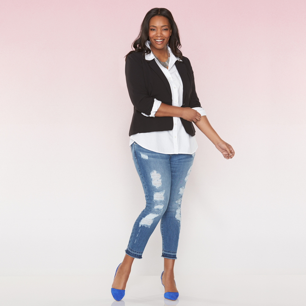 """Wrote a styling post on """"how to wear blazers.""""  Tap/click through   photo for post."""