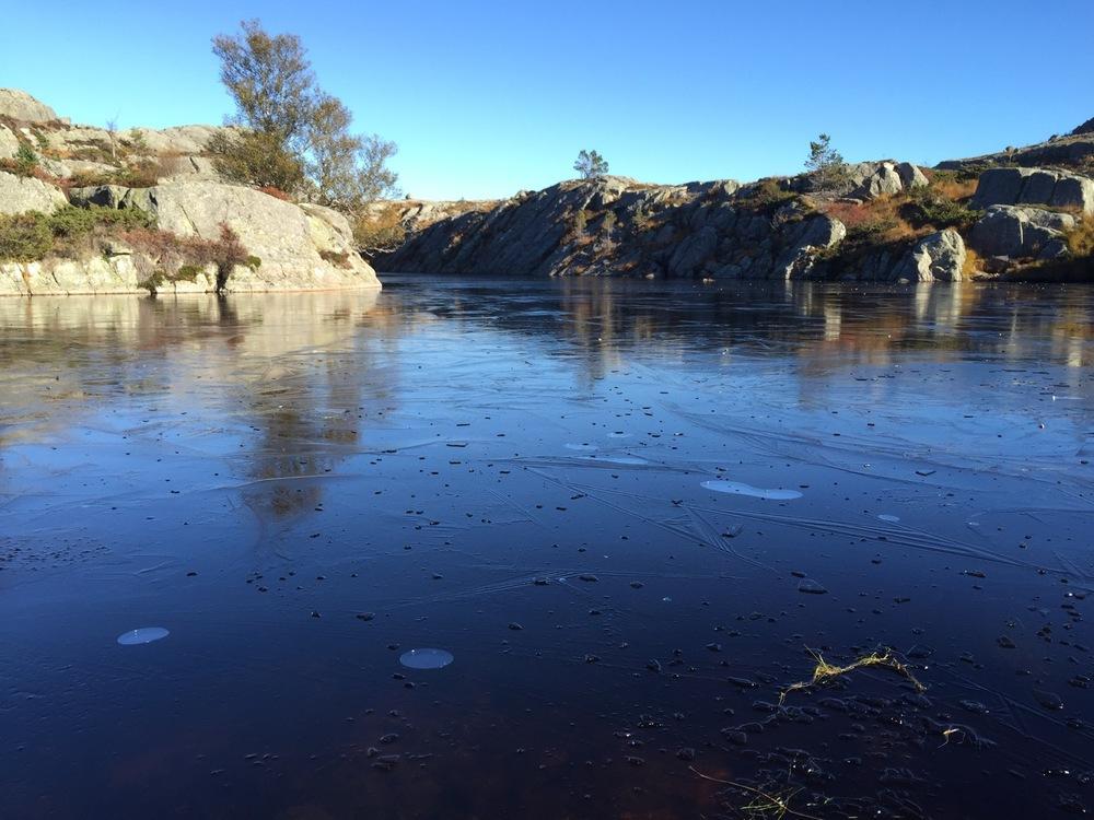 Preikestolen - Pond Frozen.jpg