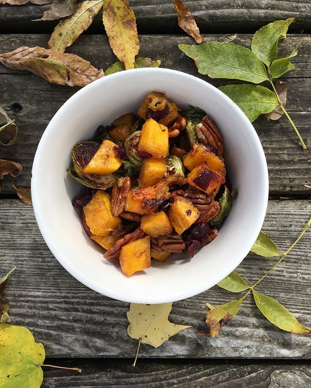 And then fall fell into my bowl... Butternut squash, brussel sprouts, pecans, cranberries, cinnamon... delish!