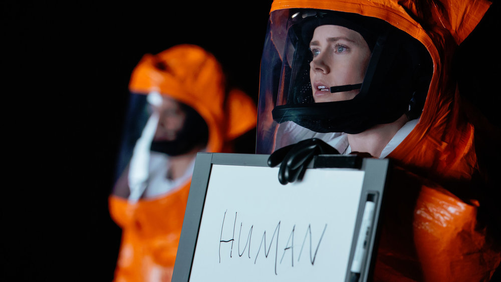 Amy Adams in  Arrival  (2016, USA – dir. Denis Villeneuve)