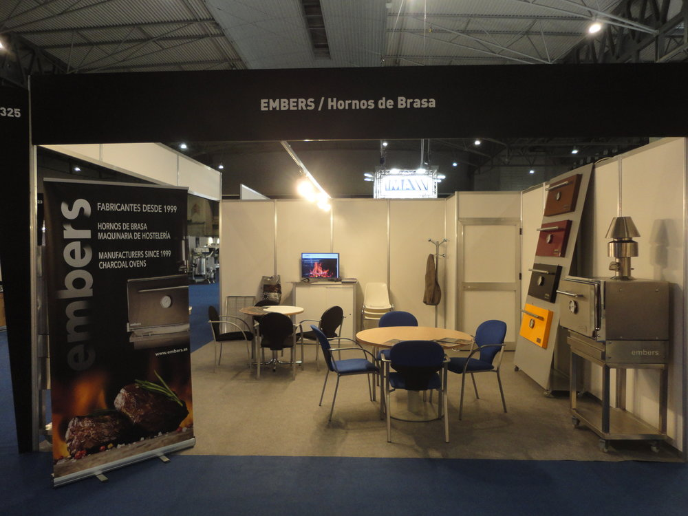 Stand 2016 lateral.JPG