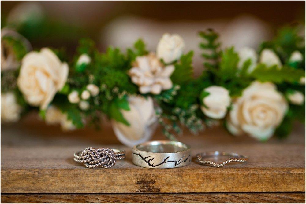Southern-Illinois-Bohemian-Holy-Boulders-Autumn-Wedding_0884.jpg