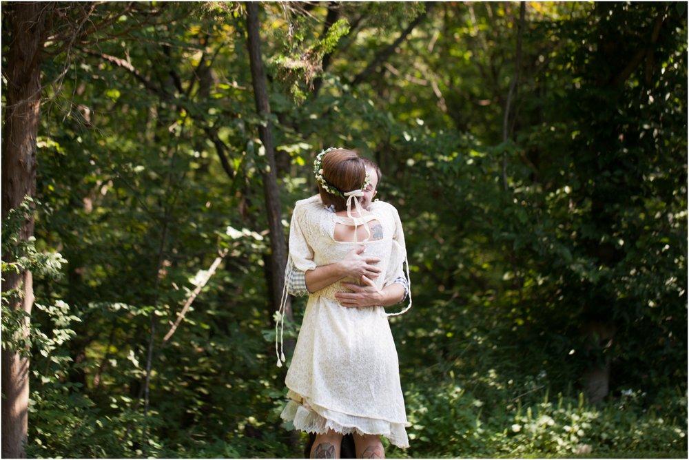 Southern-Illinois-Bohemian-Holy-Boulders-Autumn-Wedding_0909.jpg