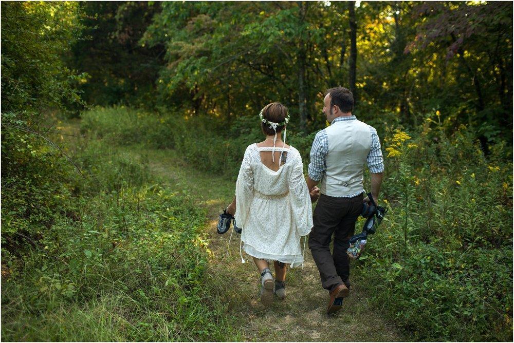 Southern-Illinois-Bohemian-Holy-Boulders-Autumn-Wedding_0971.jpg