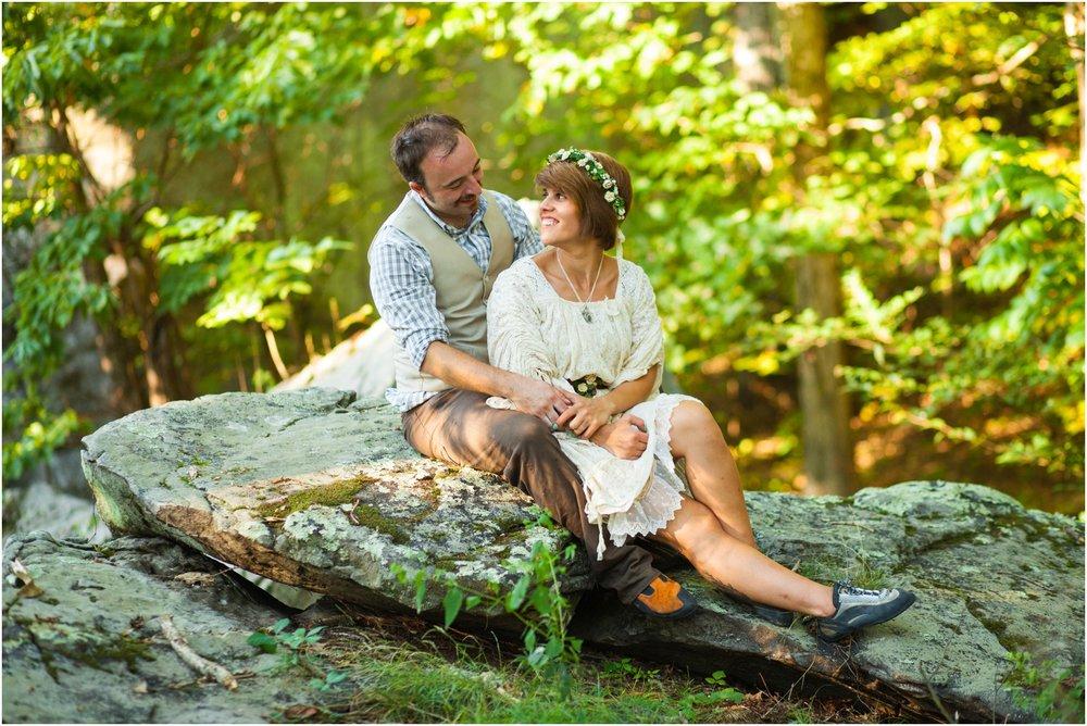 Southern-Illinois-Bohemian-Holy-Boulders-Autumn-Wedding_0981.jpg