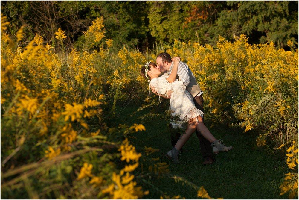 Southern-Illinois-Bohemian-Holy-Boulders-Autumn-Wedding_0999.jpg