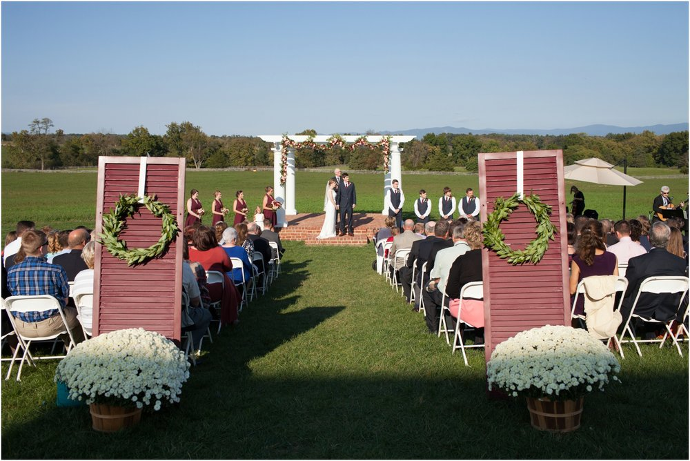 Columns-at-Six-Penny-Farm-Virginia-Fall-Wedding-8618.jpg