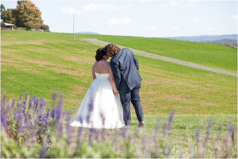 On-Sunny-Slope-Farm-Fall-Virginia-Wedding-2010.jpg