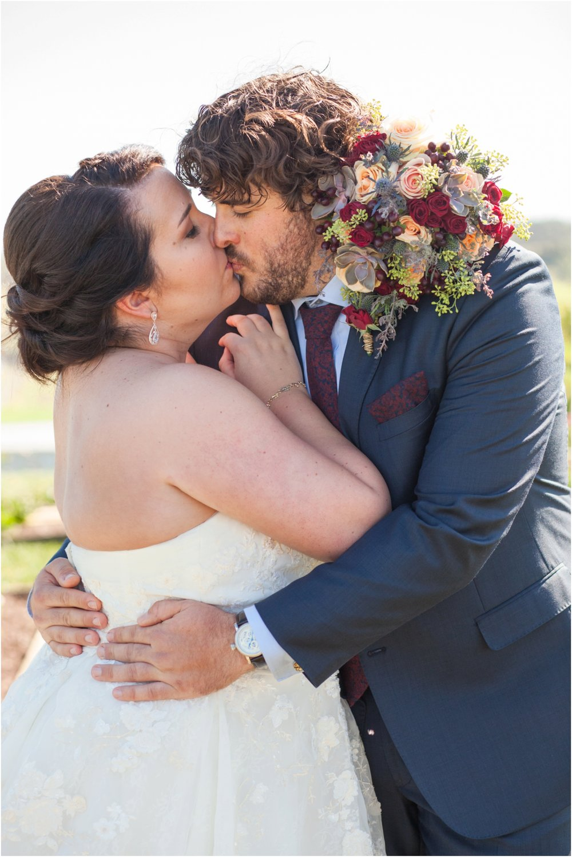 On-Sunny-Slope-Farm-Fall-Virginia-Wedding-2063.jpg