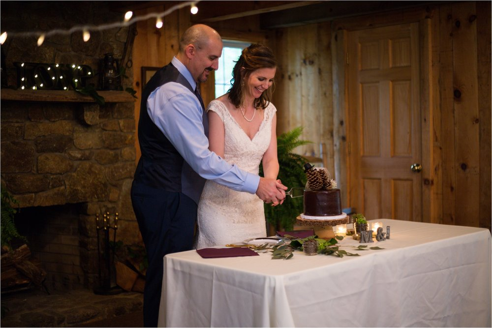 Lydia-Mountain-Spring-Virginia-Wedding-0953.jpg