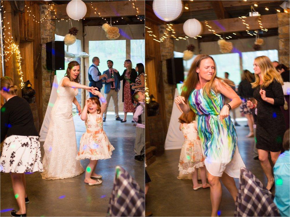 Lydia-Mountain-Spring-Virginia-Wedding-1114.jpg