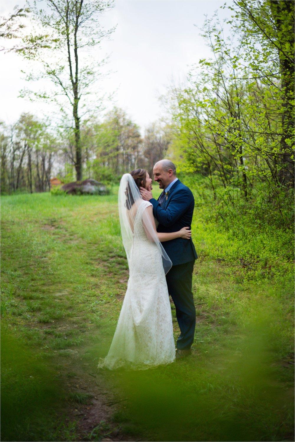 Lydia-Mountain-Spring-Virginia-Wedding-1210.jpg