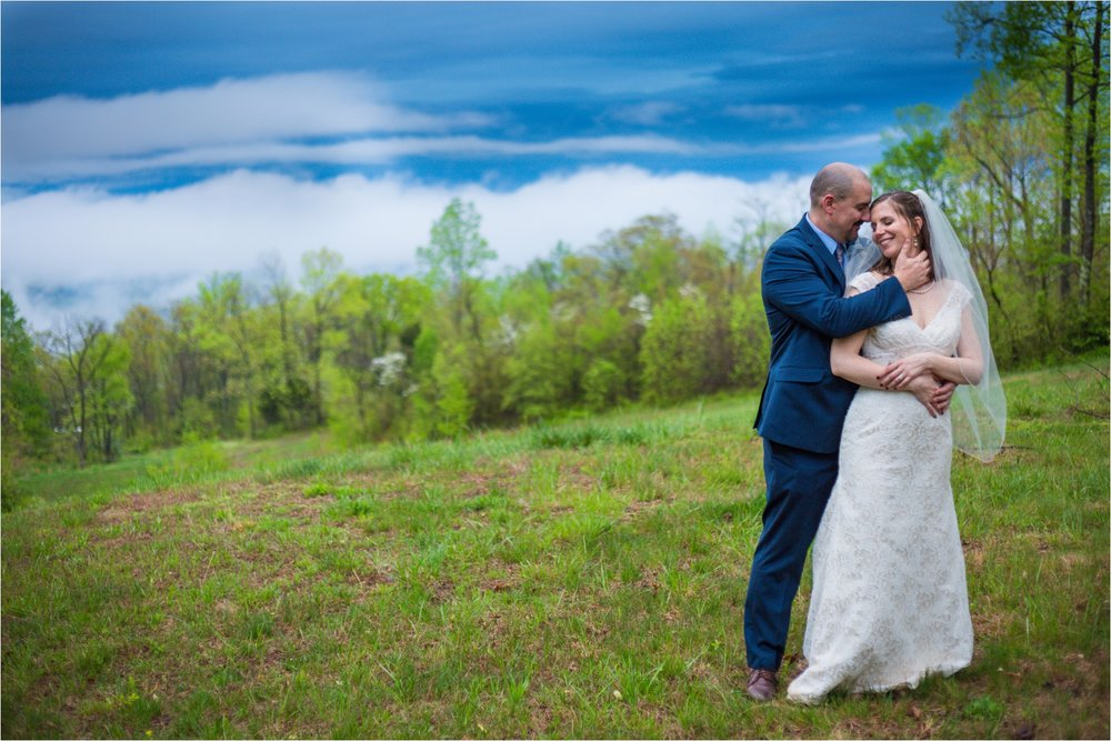 Lydia-Mountain-Spring-Virginia-Wedding-1252.jpg