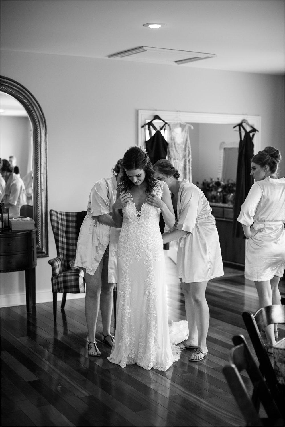 Feather-and-Oak-Photography-Cross-Keys-Vineyard-Wedding-0161.jpg