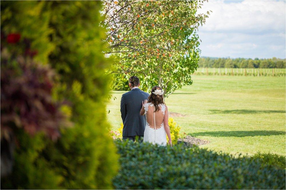 Feather-and-Oak-Photography-Cross-Keys-Vineyard-Wedding-0259.jpg