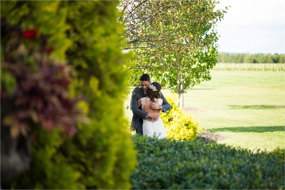 Feather-and-Oak-Photography-Cross-Keys-Vineyard-Wedding-0266.jpg
