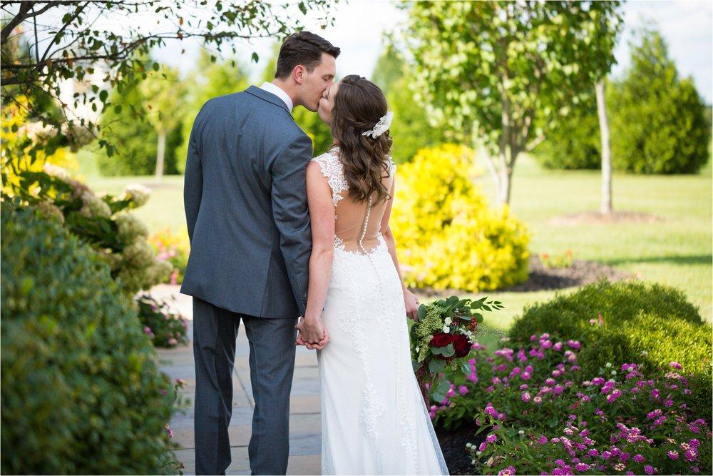 Feather-and-Oak-Photography-Cross-Keys-Vineyard-Wedding-0371.jpg