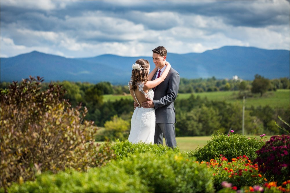 Feather-and-Oak-Photography-Cross-Keys-Vineyard-Wedding-0375.jpg