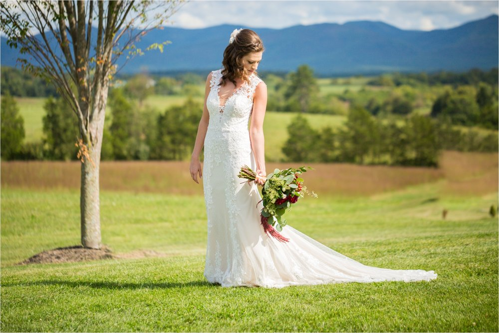 Feather-and-Oak-Photography-Cross-Keys-Vineyard-Wedding-0460.jpg