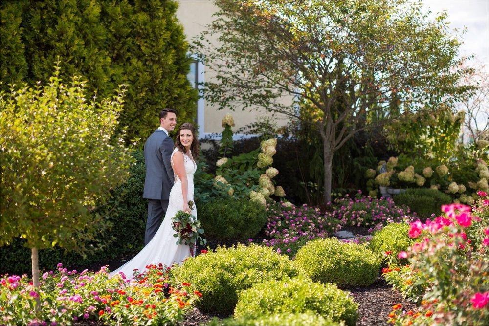 Feather-and-Oak-Photography-Cross-Keys-Vineyard-Wedding-2705.jpg