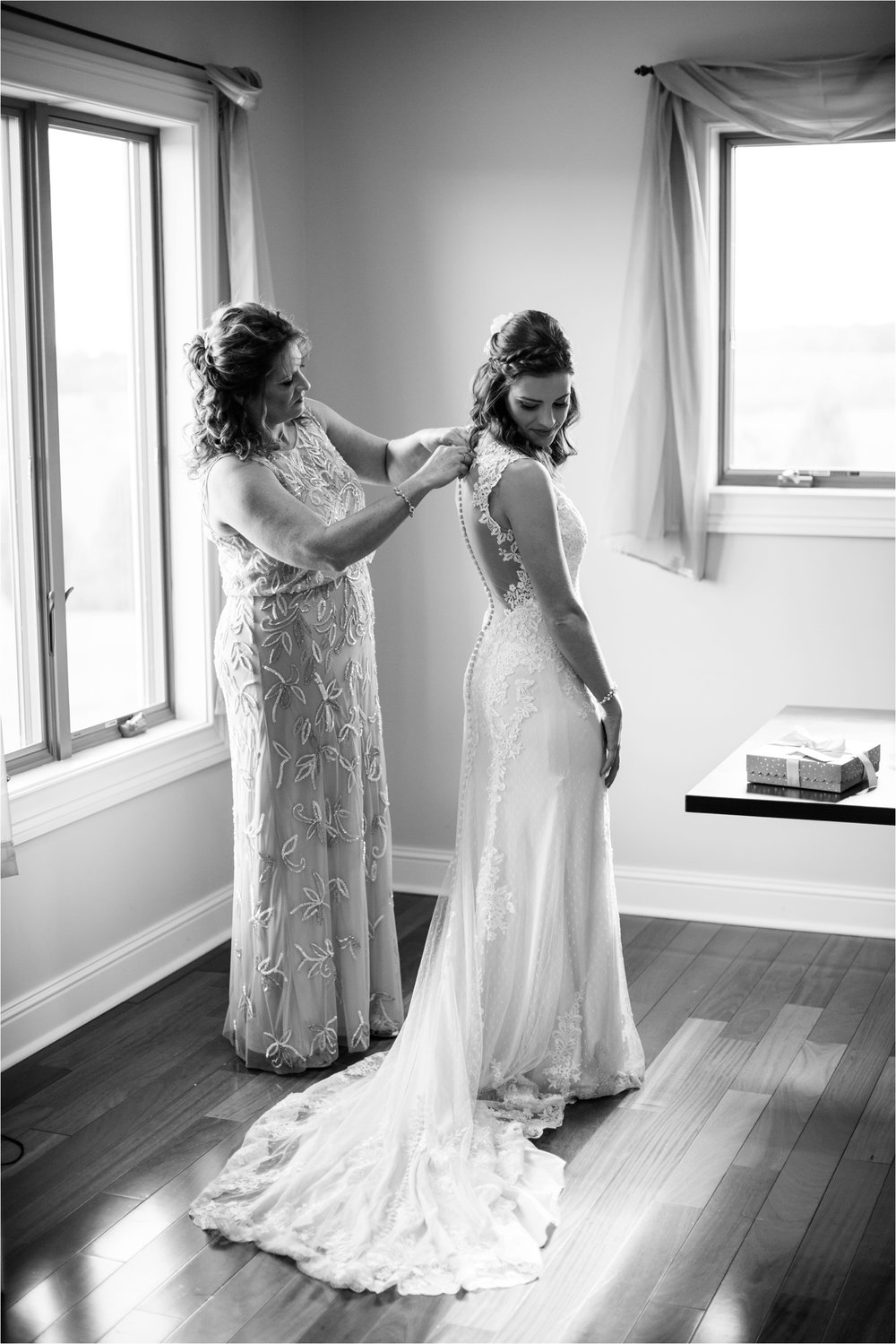 Feather-and-Oak-Photography-Cross-Keys-Vineyard-Wedding-0666.jpg