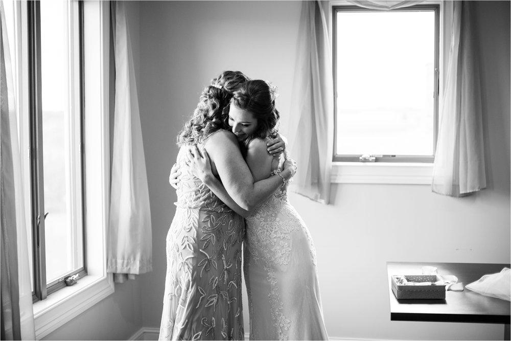 Feather-and-Oak-Photography-Cross-Keys-Vineyard-Wedding-0694.jpg
