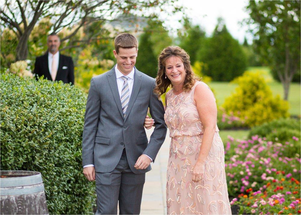 Feather-and-Oak-Photography-Cross-Keys-Vineyard-Wedding-0816.jpg