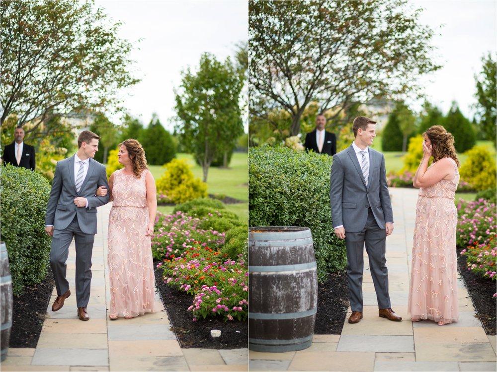 Feather-and-Oak-Photography-Cross-Keys-Vineyard-Wedding-0810.jpg