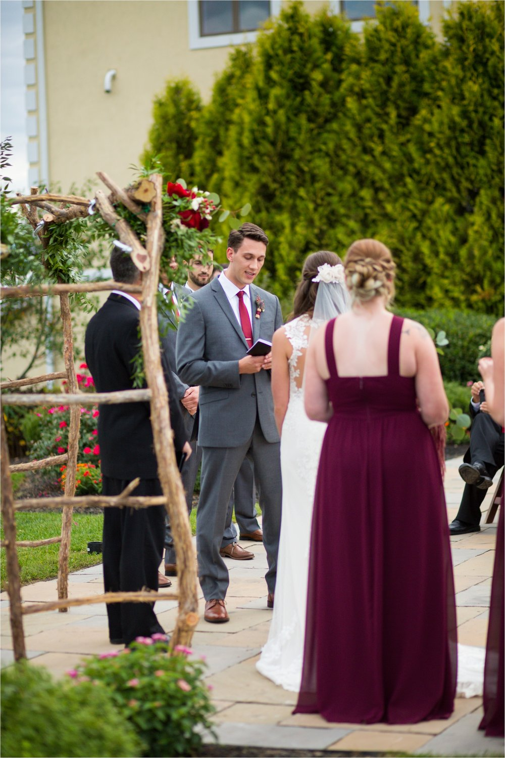 Feather-and-Oak-Photography-Cross-Keys-Vineyard-Wedding-0888.jpg