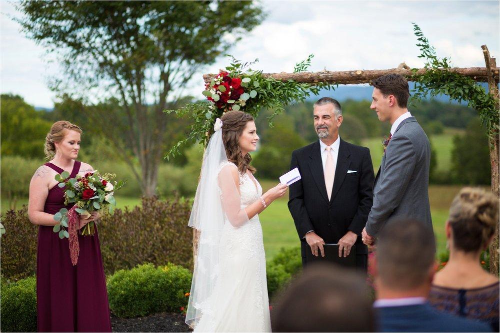 Feather-and-Oak-Photography-Cross-Keys-Vineyard-Wedding-0900.jpg